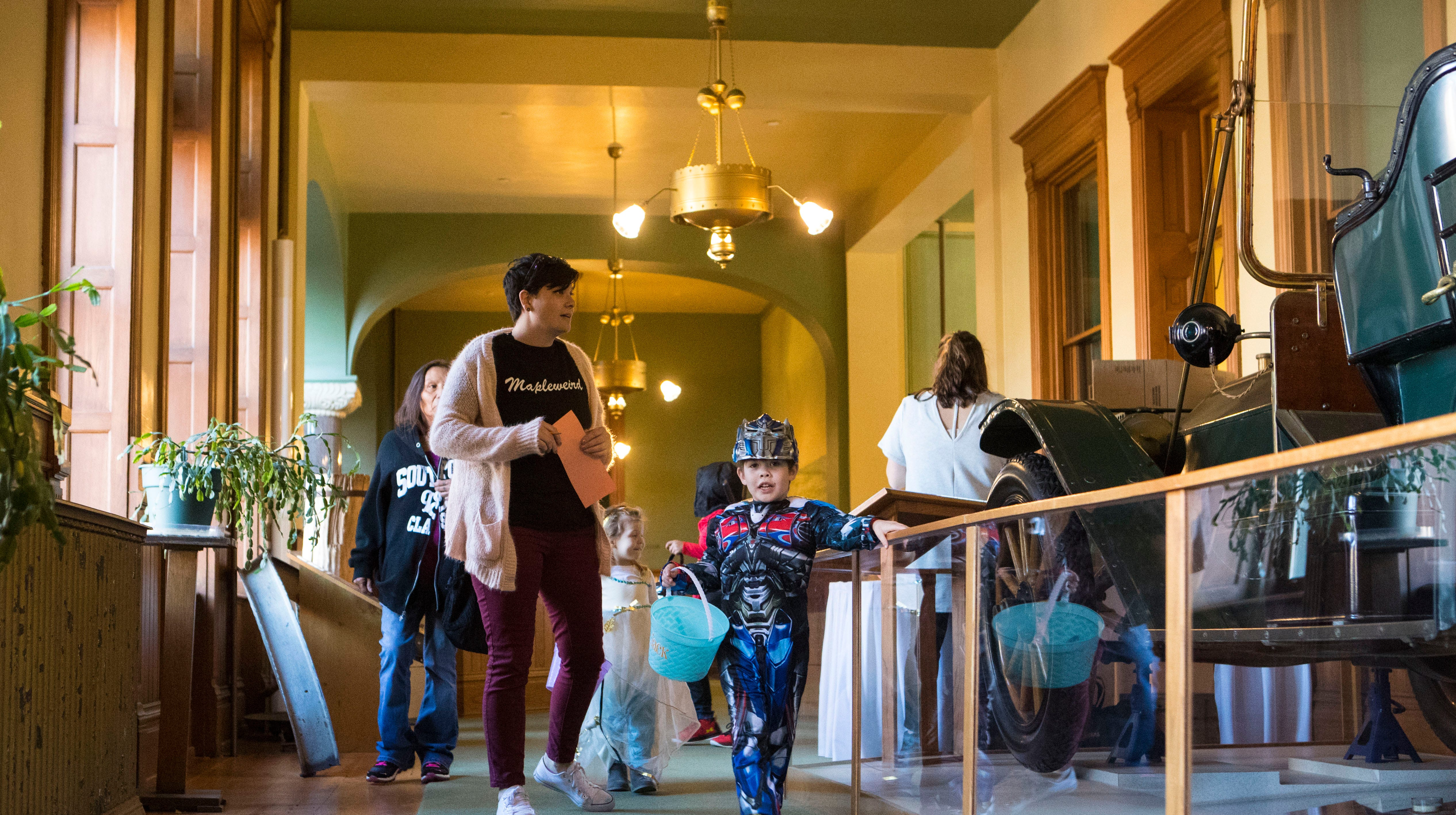 photos: halloween at the old courthouse museum