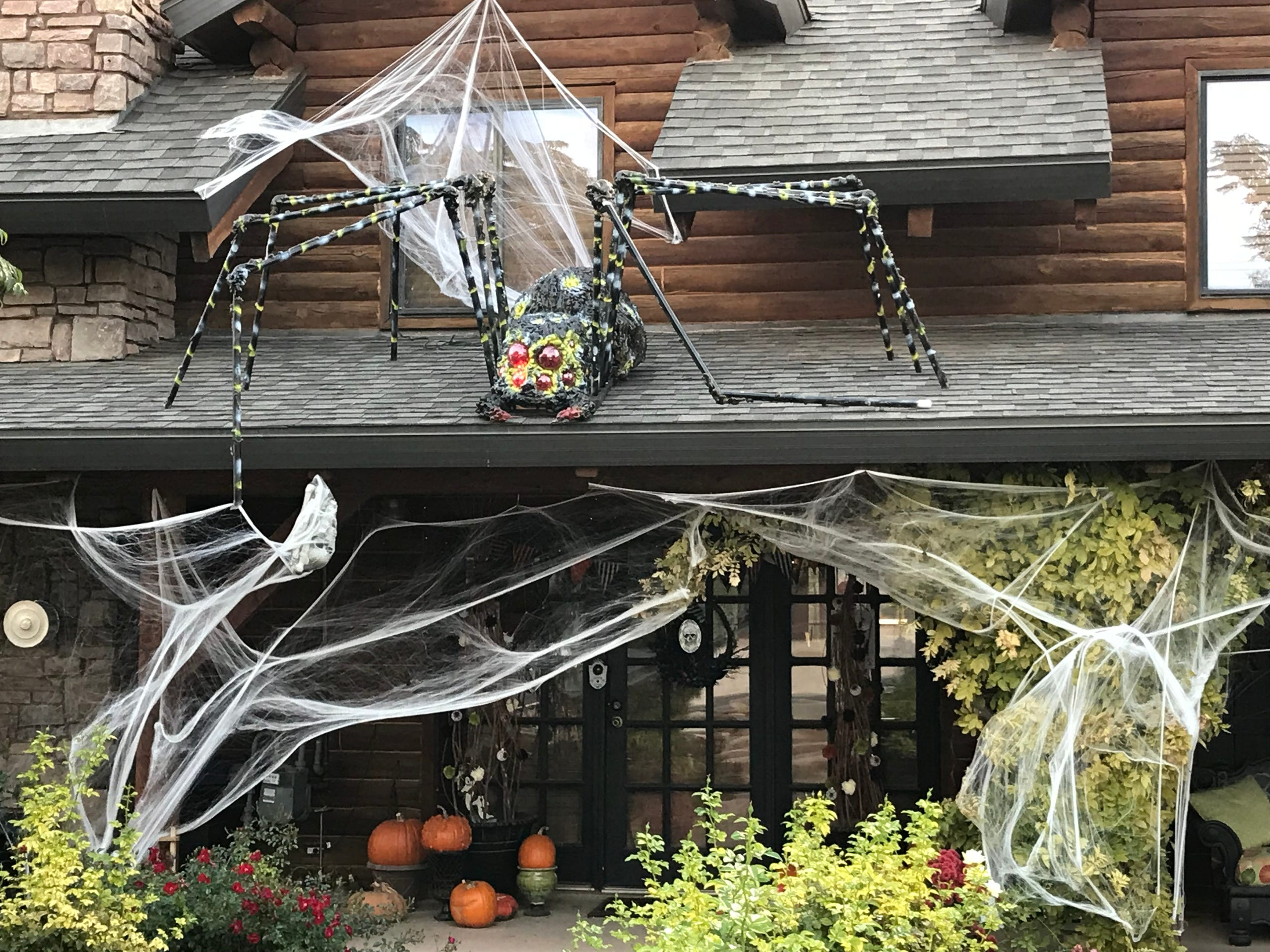Halloween decorations in Southern Utah