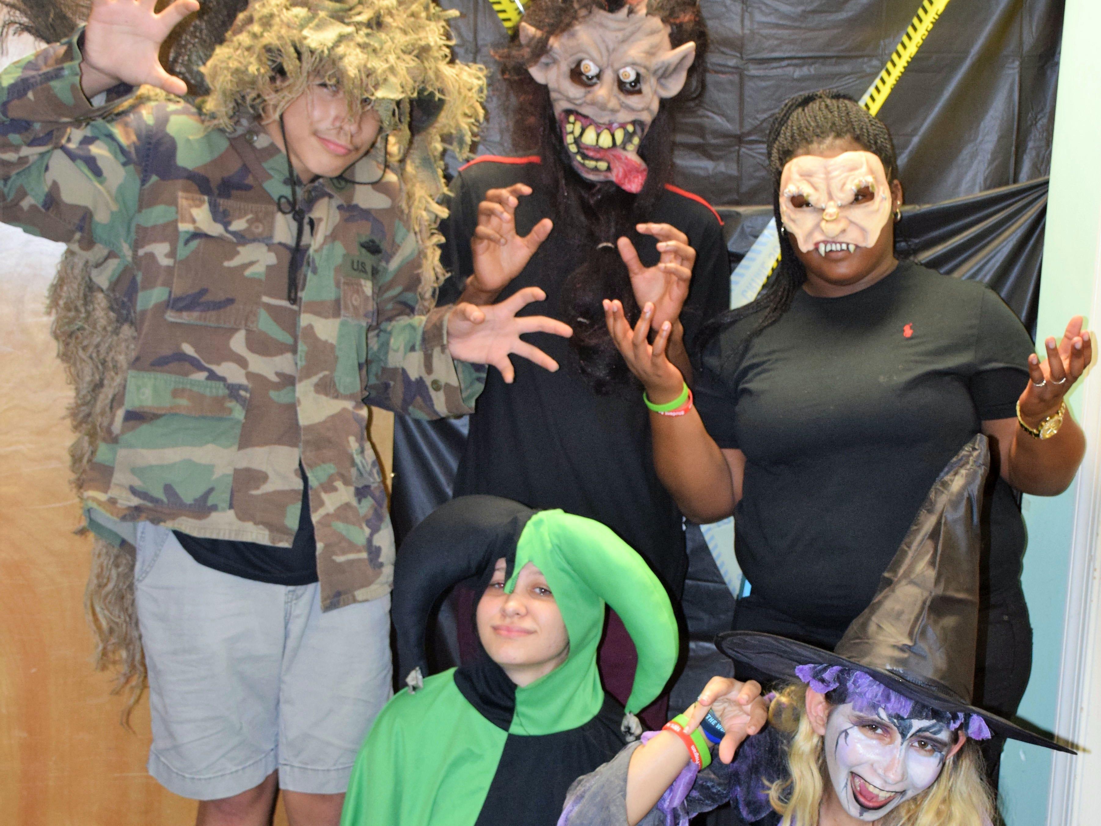 Pathfinder president Jessie, 17; Cameron, 17; Atalia, 14; Tatiana, 14 and John, 17.