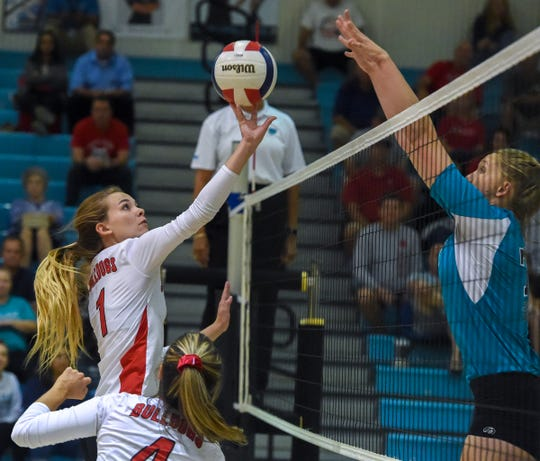 Jensen Beach faced off against South Fork Tuesday, Oct. 30, 2018, during their high school region 4-7A semifinal volleyball match at Jensen Beach High School.