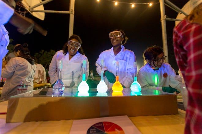 Glow-in-the-dark substances are always a big draw at the CSU Channel Islands Science Carnival, which is in its 10th year and will be held Saturday at Rio Vista Middle School in Oxnard.