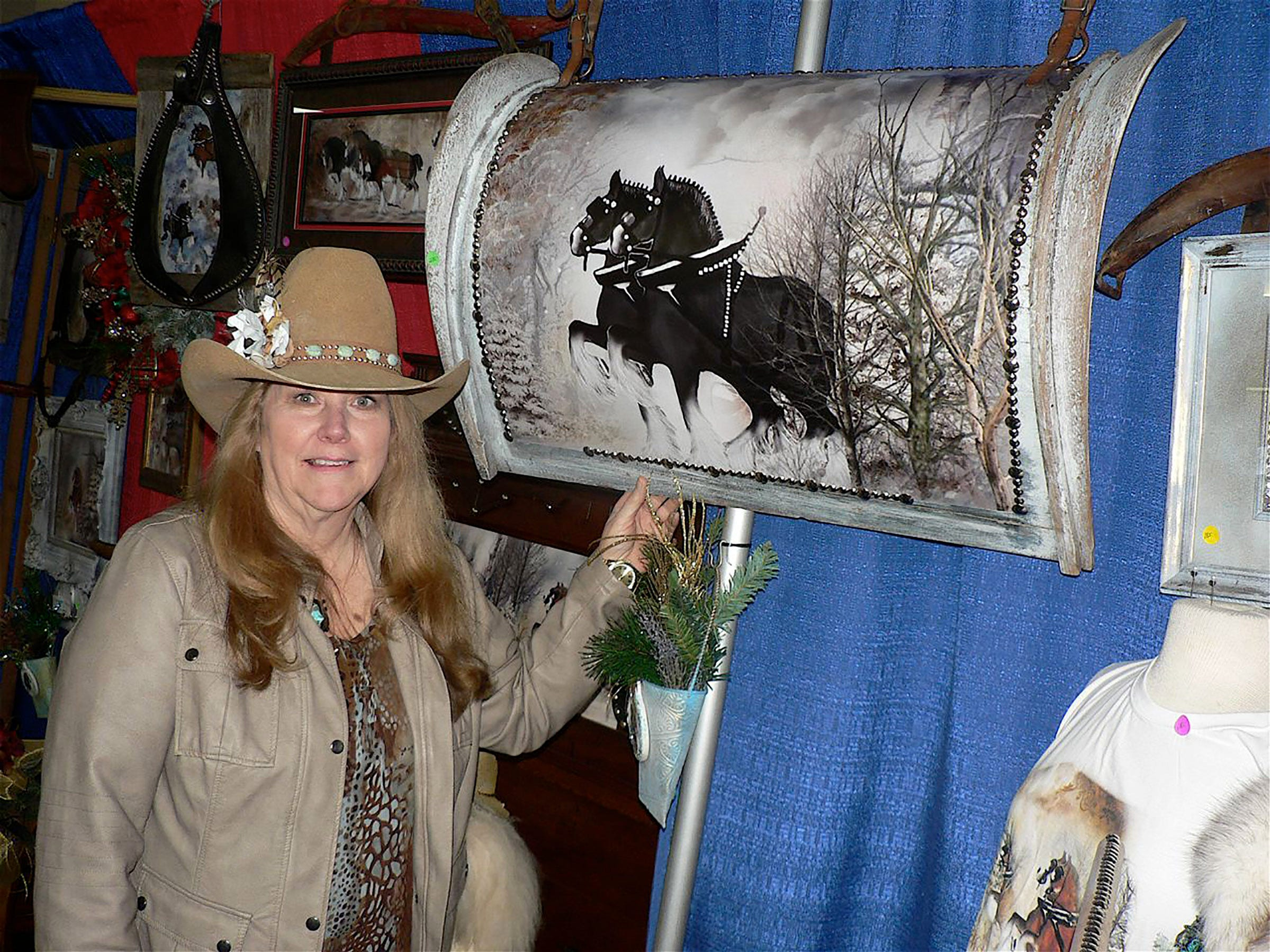 Charlene Wade, Union Groves sell horse art.