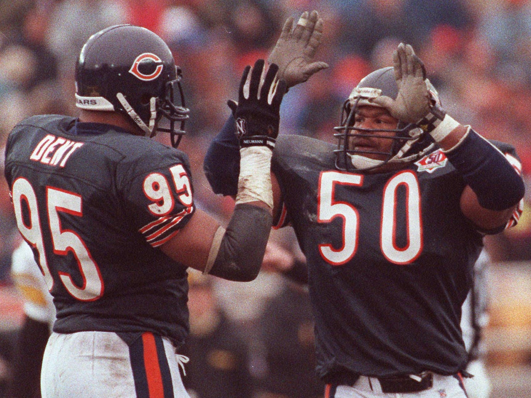 Mike Singletary - Teamed with Richard Dent to form one of the scariest defenses in league history.