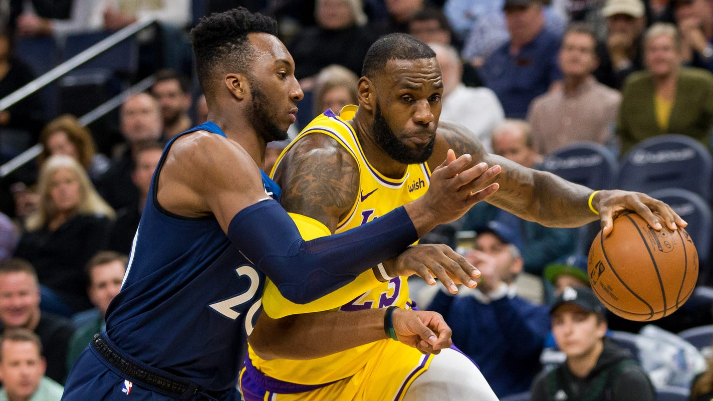 051726305d4 LeBron's Lakers, Rockets, Suns on list of NBA's top six hot messes