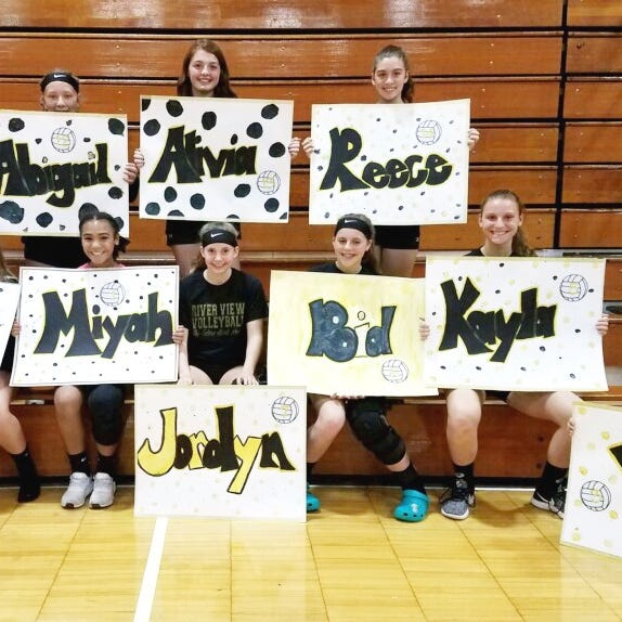 River View eighth-grade netters dominated the competition