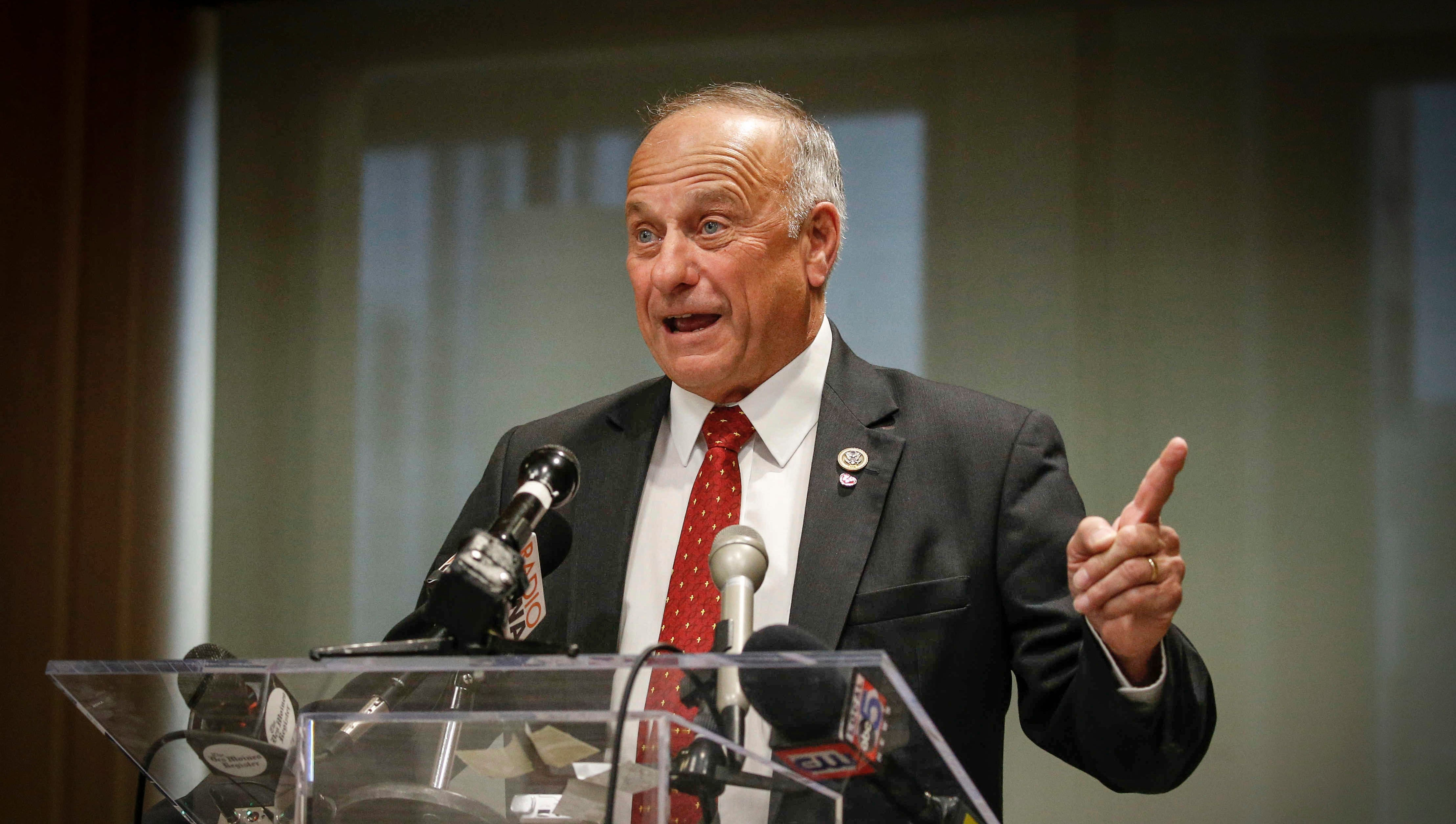 Current Status: The Register's editorial: Steve King should resign for the good of Iowa