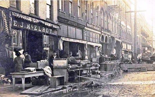 149 Mcelroy S Front Se 1913