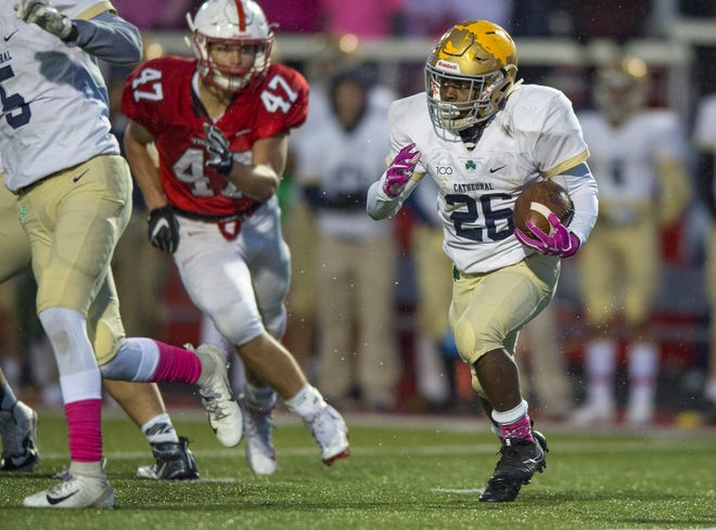 Small in stature, Cathedral's Chon'Dre Cissell plays a big role in the Irish's offense.