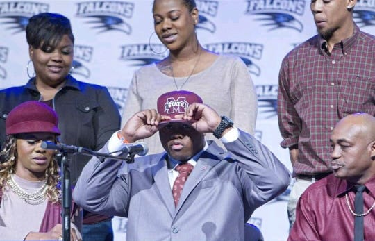 Erroll Thompson chose Mississippi State over Alabama, a decision his father didn't know he would make until the day of.