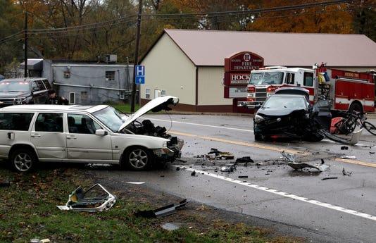Crash causes major traffic jam on U S  22