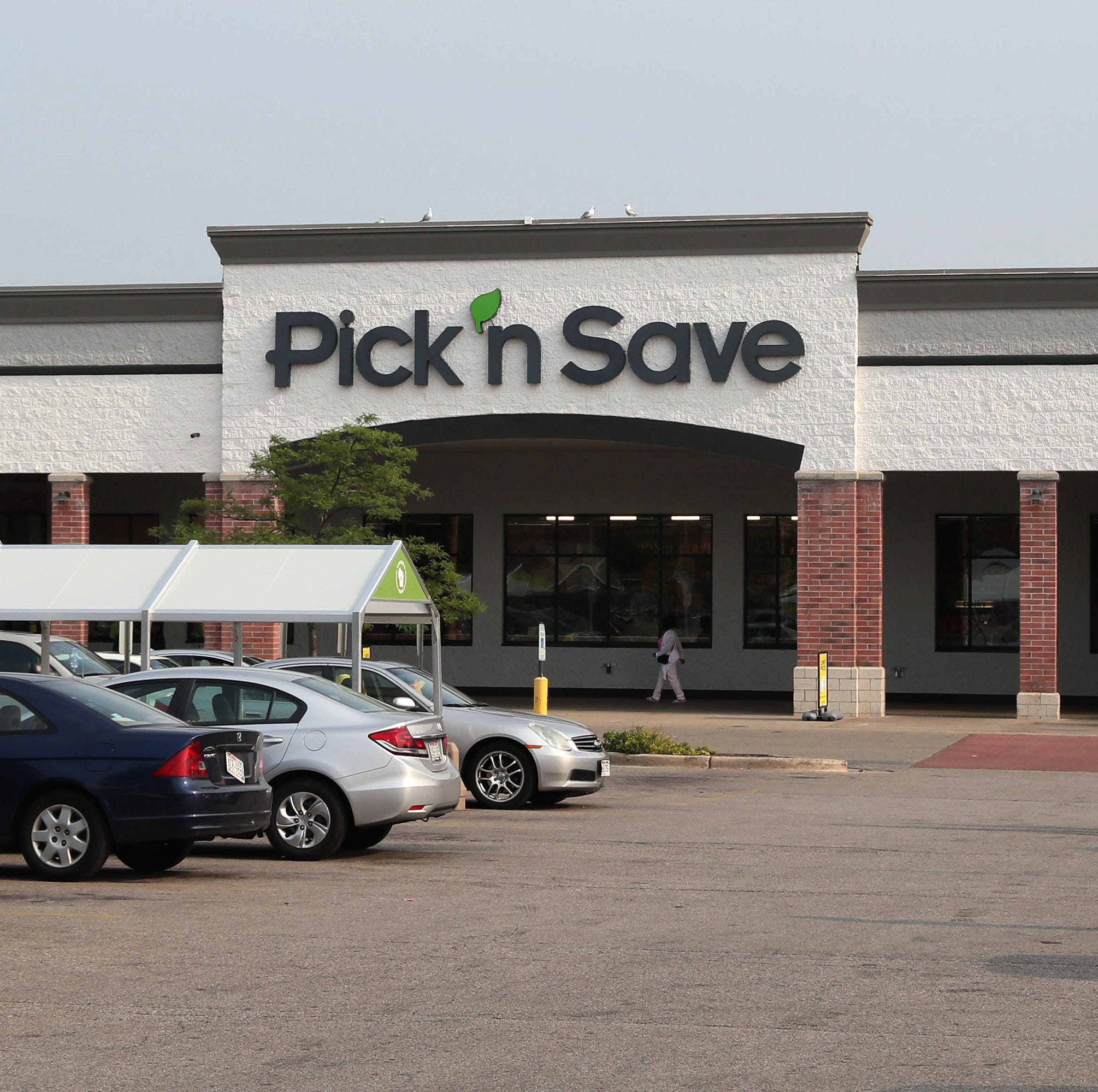 Pick 'n Save at Midtown where a ribbon cutting ceremony was held to celebrating the stores 2 million dollar remodeling at the store and Roundy's investment in Milwaukee's Central City. Here an exterior of the store at 5700 W. Capitol Dr.