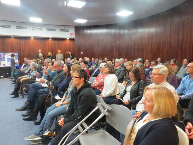 A capacity crowd of about 100 people attend the Randolph Township Council candidate's forum at town hall. Oct. 29, 2018.