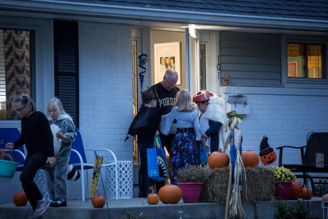 Children roam the neighborhoods around Guthrie Park in 2018 for the annual Halloween Trick-or-Treat.