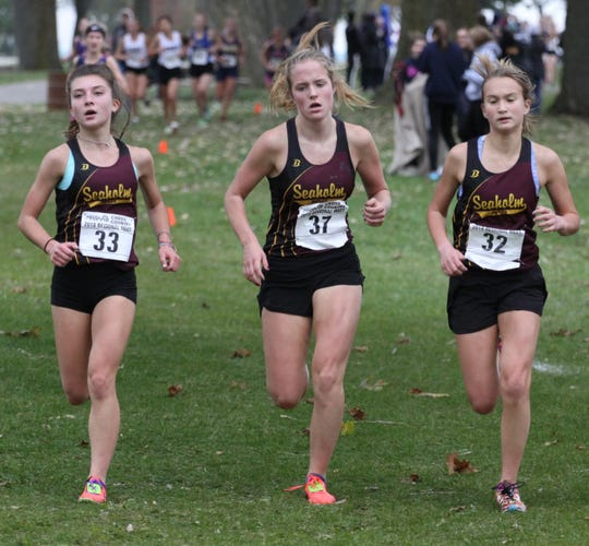 Birmingham Seaholm's girls cross country team returned to the Division 1 state championship meet after placing second at the regional held at Lake St. Clair Metropark.