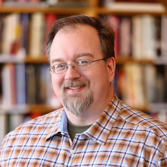 Erik Deckers is a sought-after speaker who lays out the technological advantages specifically available to writers.