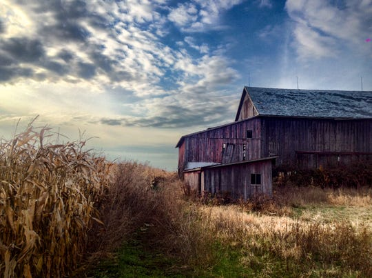 Lawrence Lazare captures a rustic, but stunning, rural scene in this photograph.