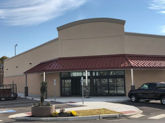 A vacant building at the Shoppes at the Bridges will house a Brothers Market grocery store at the beginning of 2019.