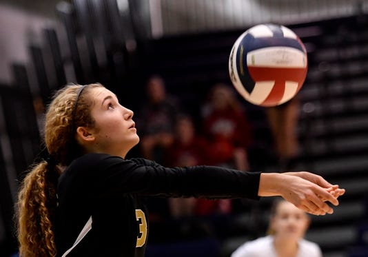 Delone Catholic Vs Lancaster Mennonite In District 3 Class 2 A Volleyball