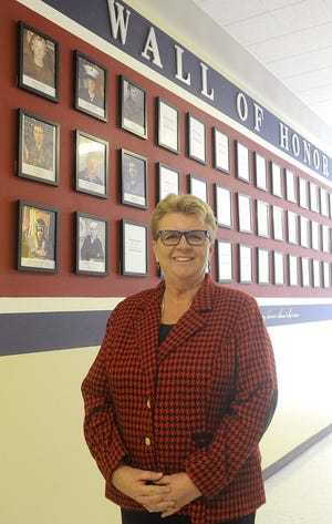 Riverview Elementary School Principal Barbara Harris spent four years in the Oregon National Guard.