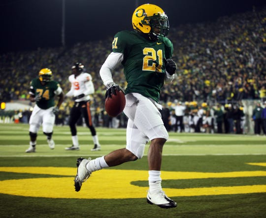 LaMichael James rushes for an Oregon touchdown against Oregon State in the Civil War on Dec. 3, 2009.