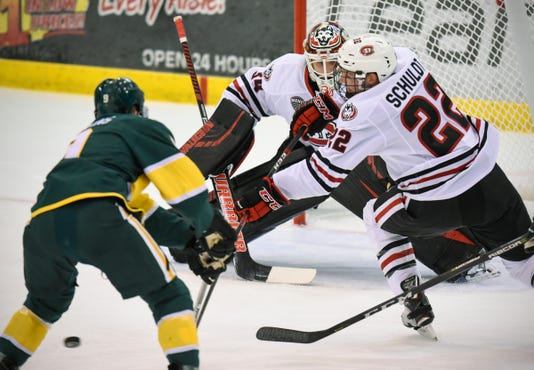 St. Cloud Hockey SCSU Hrenak 1