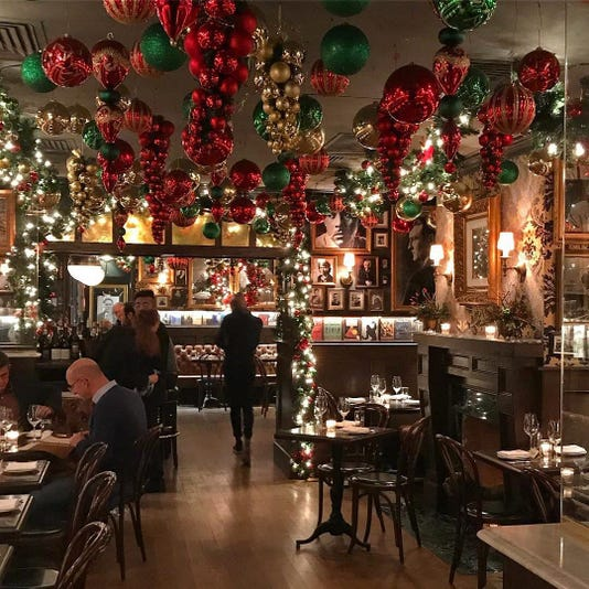 5 Manhattan restaurants that take holiday decorating to ...