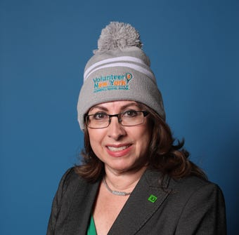 Ale Frederico, Vice President of commercial lending for TD Bank, talks about volunteerism and why she wears the Volunteer Hat from Volunteer New York! #Bridge2Give