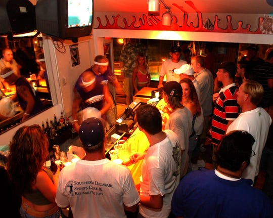 A 2005 crowd at northbeach in Dewey Beach.