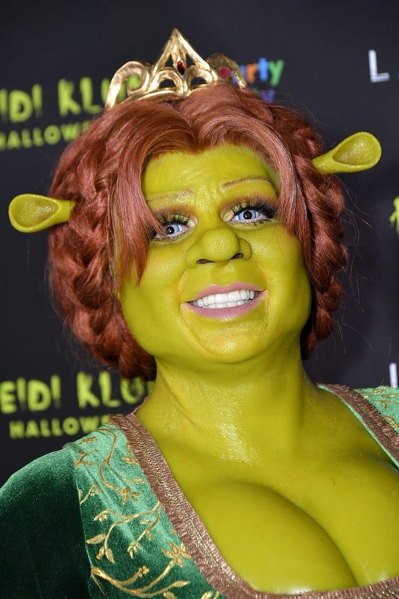 314e63f1bd7 Heidi Klum's Shrek Halloween costume seriously deserves an Oscar
