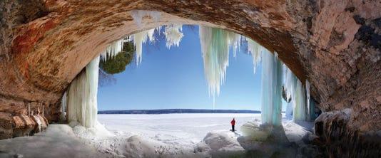 15smt080 Winter Grand Island Ice Cave 1