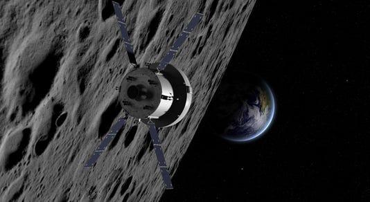 Orion Em1 Moonscenario Copyright Nasa