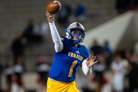 Moody Trojans make leap in final Corpus Christi Class 5A high school football rankings