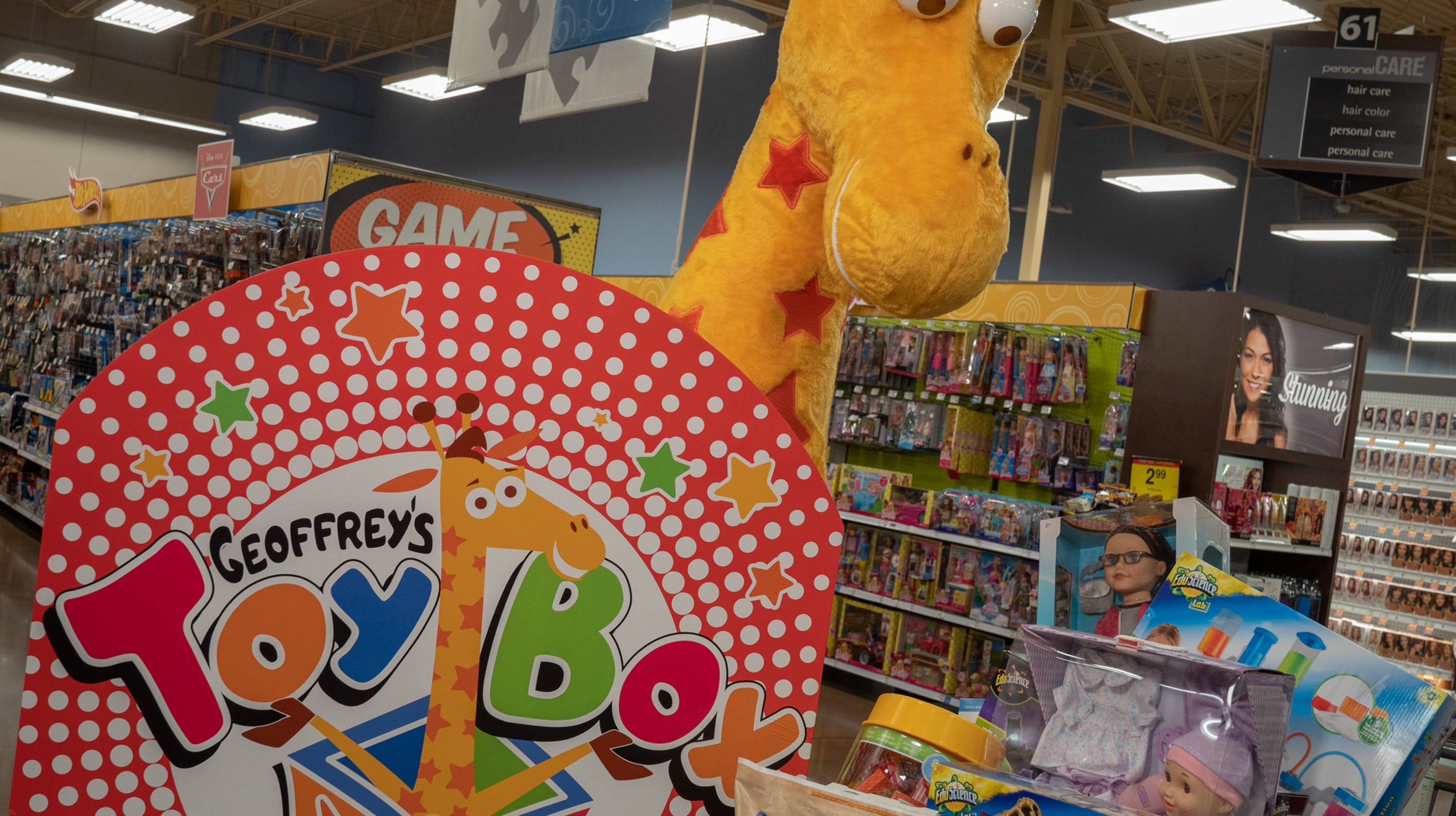 Toys From Kroger : Holiday shopping geoffrey s toy box opening within kroger