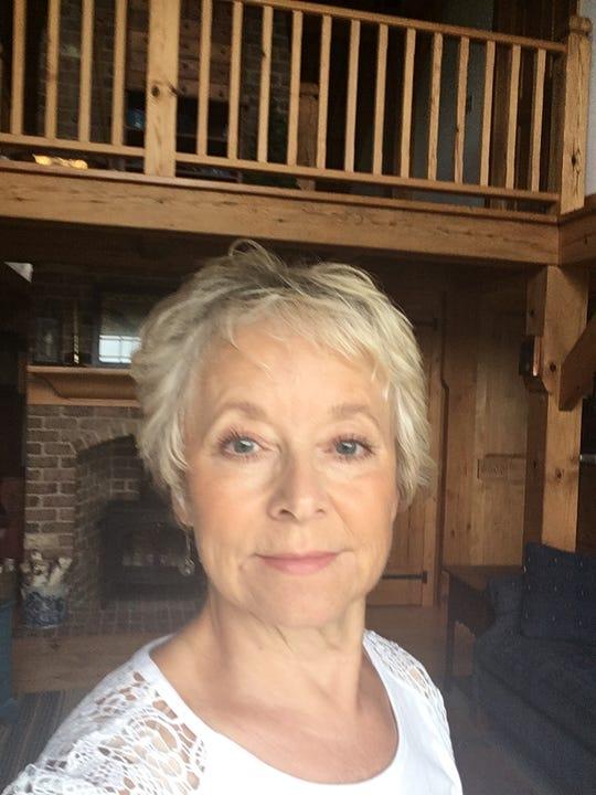 Linda Hoberg, a Clay County Democrat.