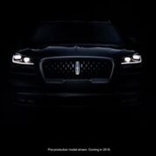 Lincoln Suv Alerts Played By Detroit Symphony Orchestra