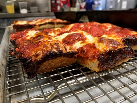 Chef Zack Sklar is using a naturally-fermented starter dough and top quality ingredients for his version of Detroit-style pizza, which he will serve at Como's when it reopens in the spring.