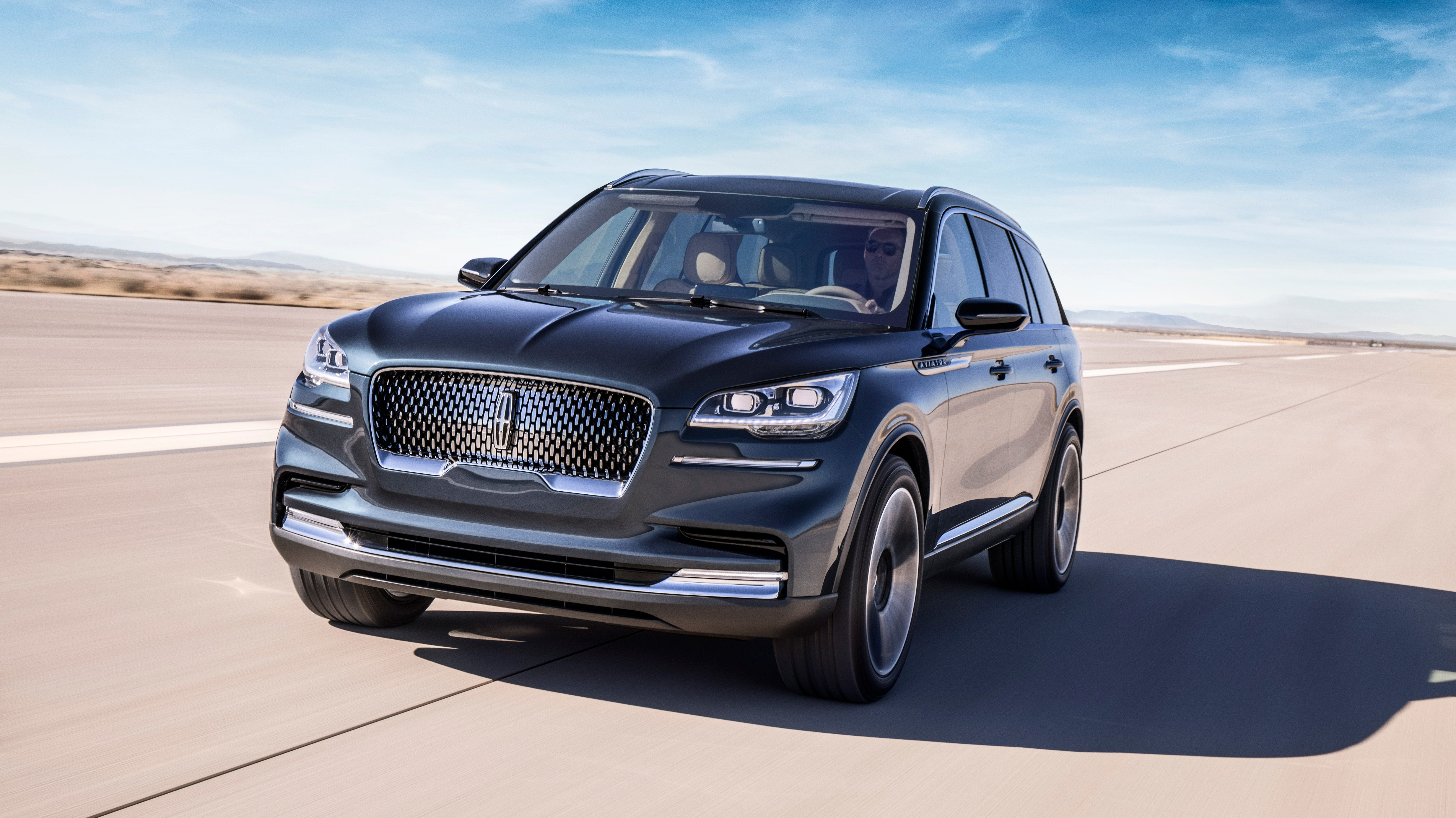 Ford Motor S New Luxury Suv Aiming Directly At Audi Infiniti Rivals