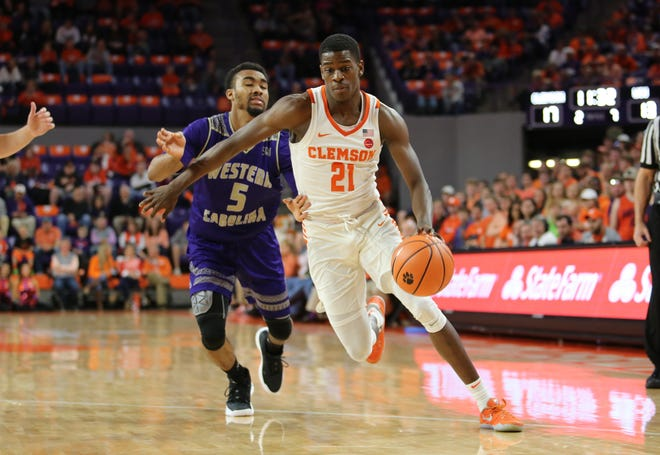 Clemson guard Anthony Oliver II (21) plays against Western Carolina at Littlejohn Coliseum Friday November 10, 2017.