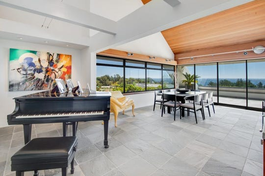 """This home is where the Season 3 episode of """"Star Trek: The Next Generation"""" was filmed."""