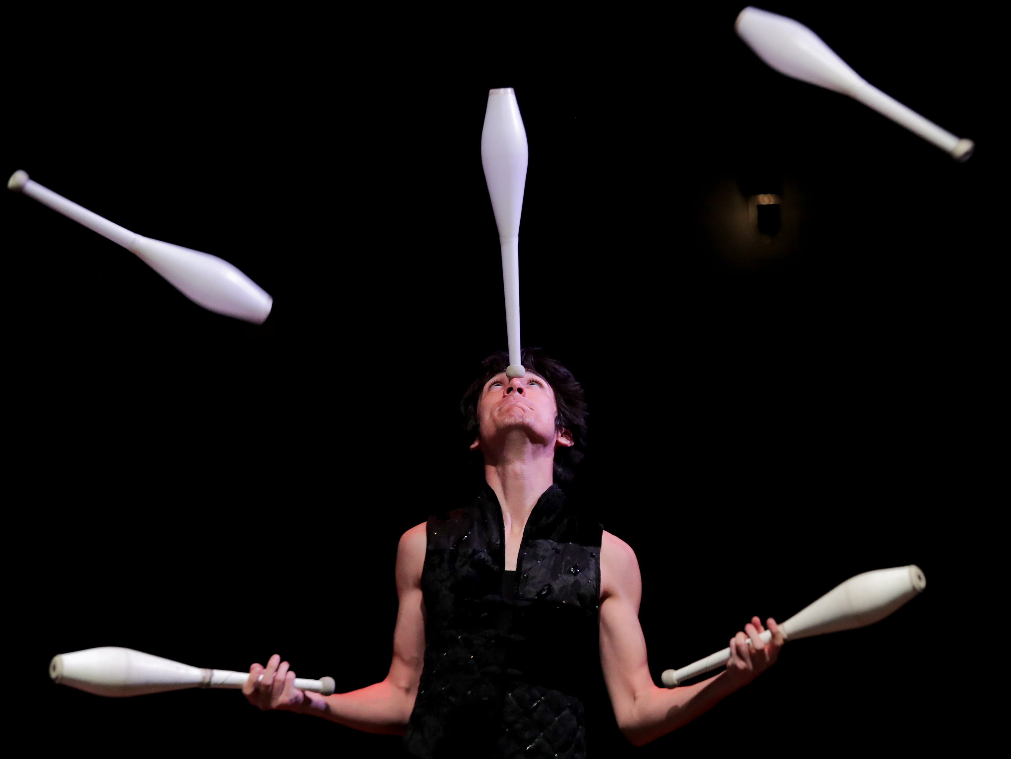 CirqueLouis' Lee Mai rehearses for their new show called Gravity's Varieties. Nov. 1, 2018
