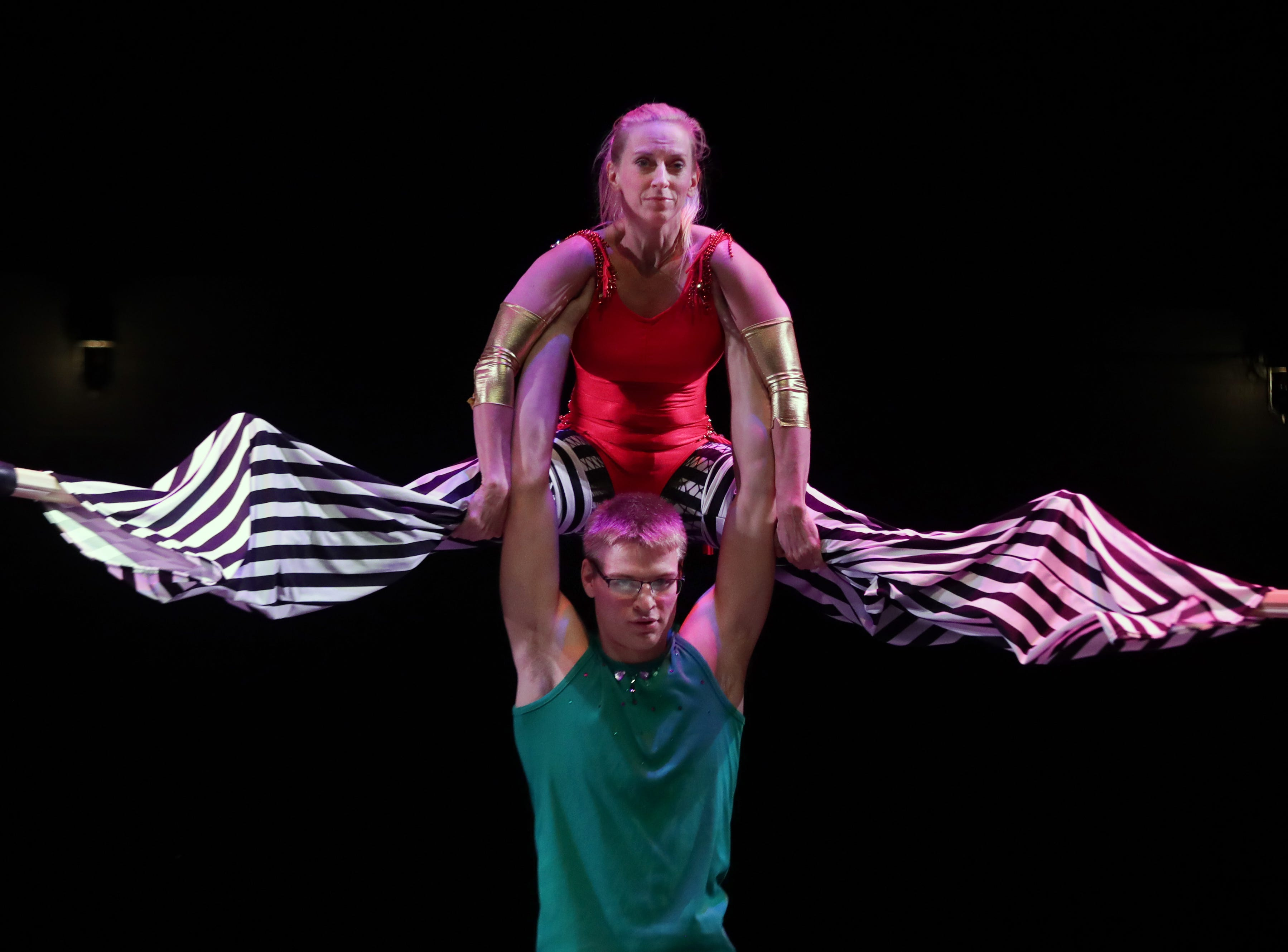 CirqueLouis' Vicky Smith and Andrew Marchal rehearse for their new show called Gravity's Varieties. Nov. 1, 2018