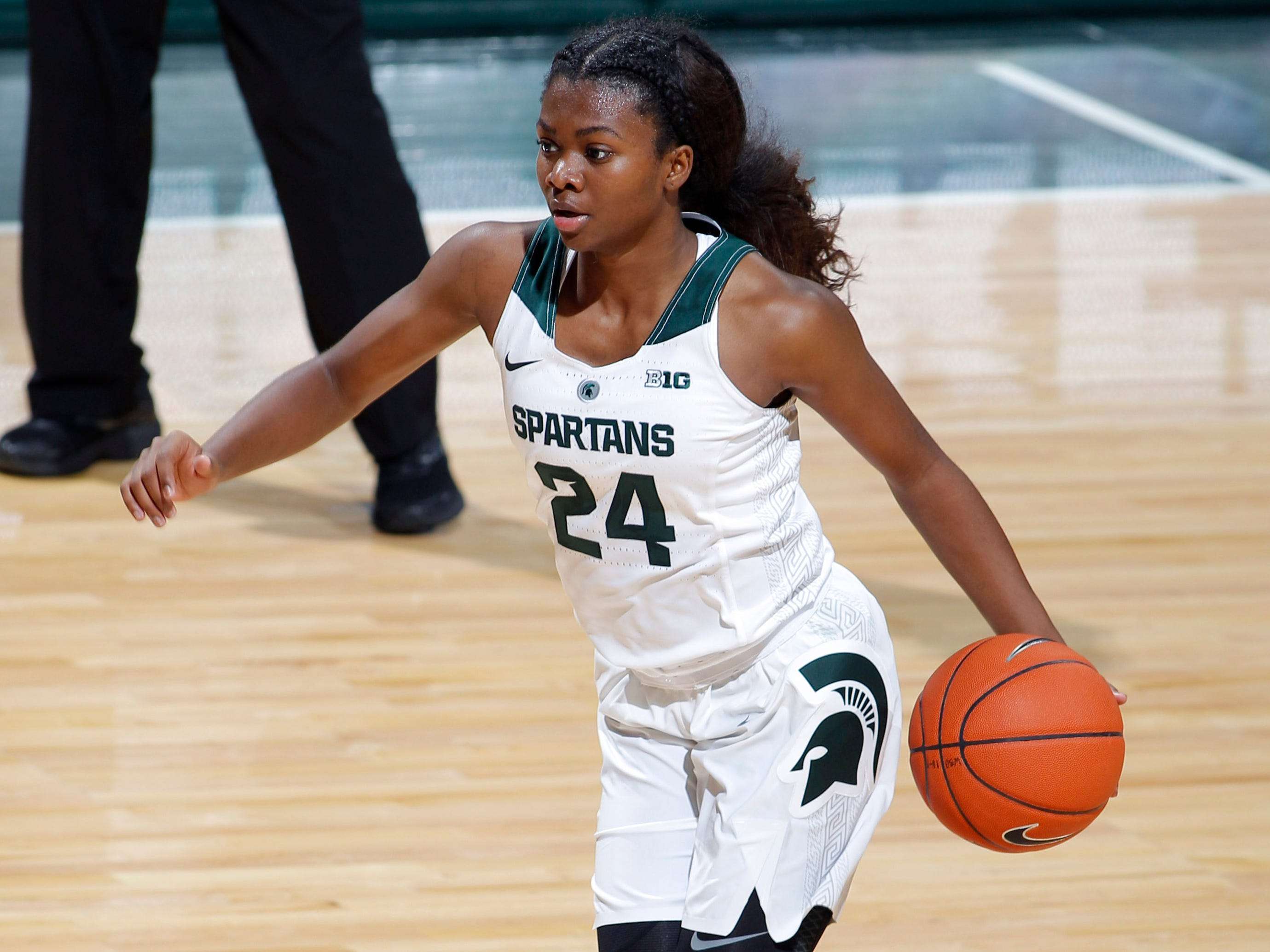 Michigan State's Nia Clouden drives against Hillsdale, Thursday, Nov. 1, 2018, in East Lansing, Mich.