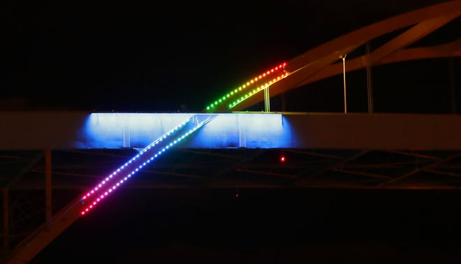 Light the Hoanwill use crowdsourcing to raise $1.5 million toward lightingthe entire bridge. For a minimum contribution of $25, supporters can financeone of the thousands of LED lights that would adorn the bridgeand  post a tribute on thelightthehoan.comwebsite.