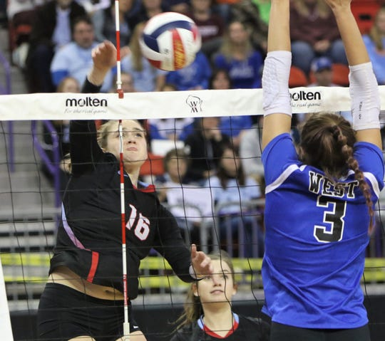 Arrowhead's Elise Schneider helped the Warhawks score a victory over Oconomowoc last week that allowed the team to climb to the No. 1 spot in the Division 1 poll this week.