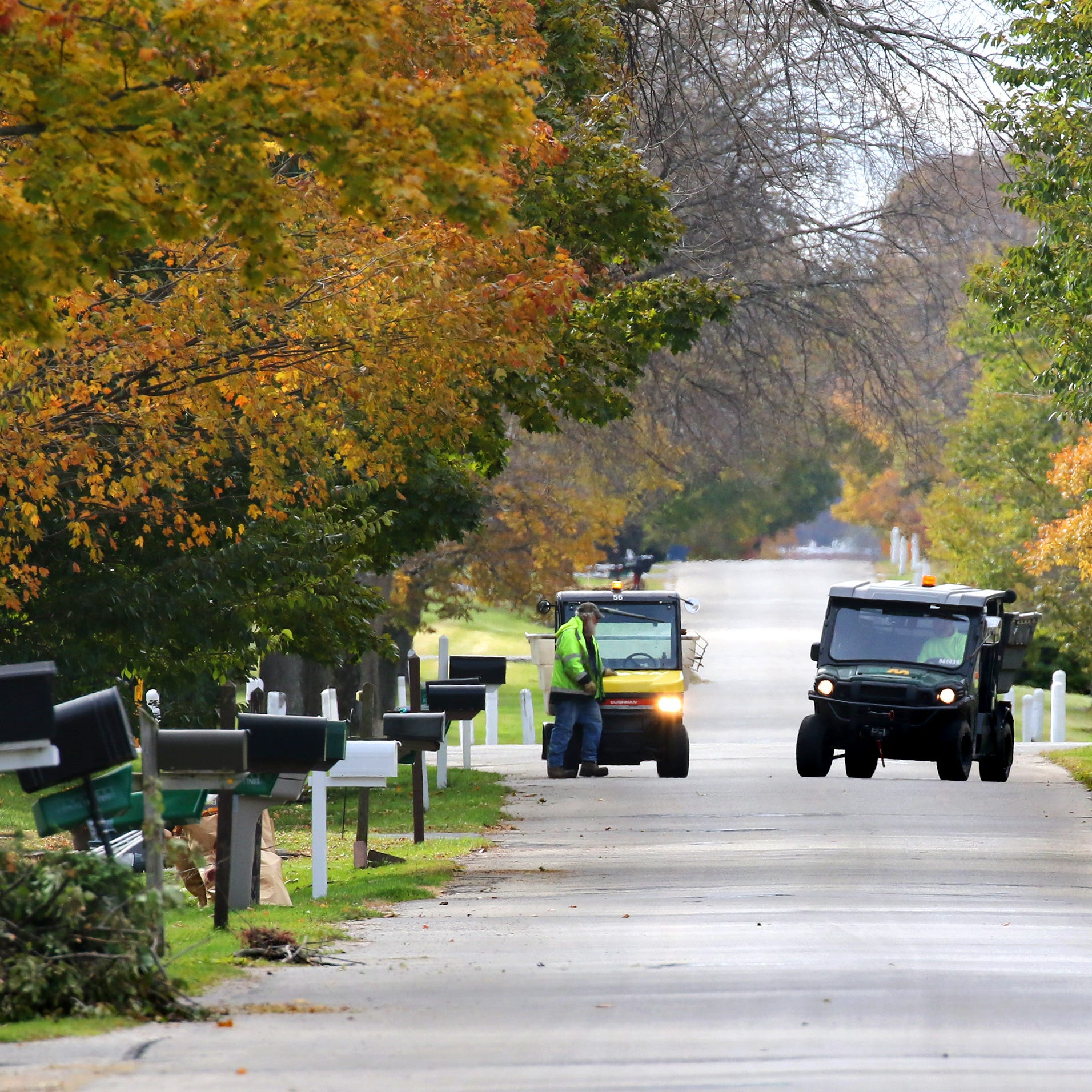What you pay for garbage collection in Milwaukee area suburbs depends on where you live
