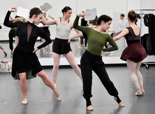 Nas Voting Ballet 004