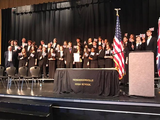 Hendersonville High School's band and choir received an invitation from Duncan Sandys, the former Lord Mayor of Westminster, to perform in London's New Year's Day celebration.