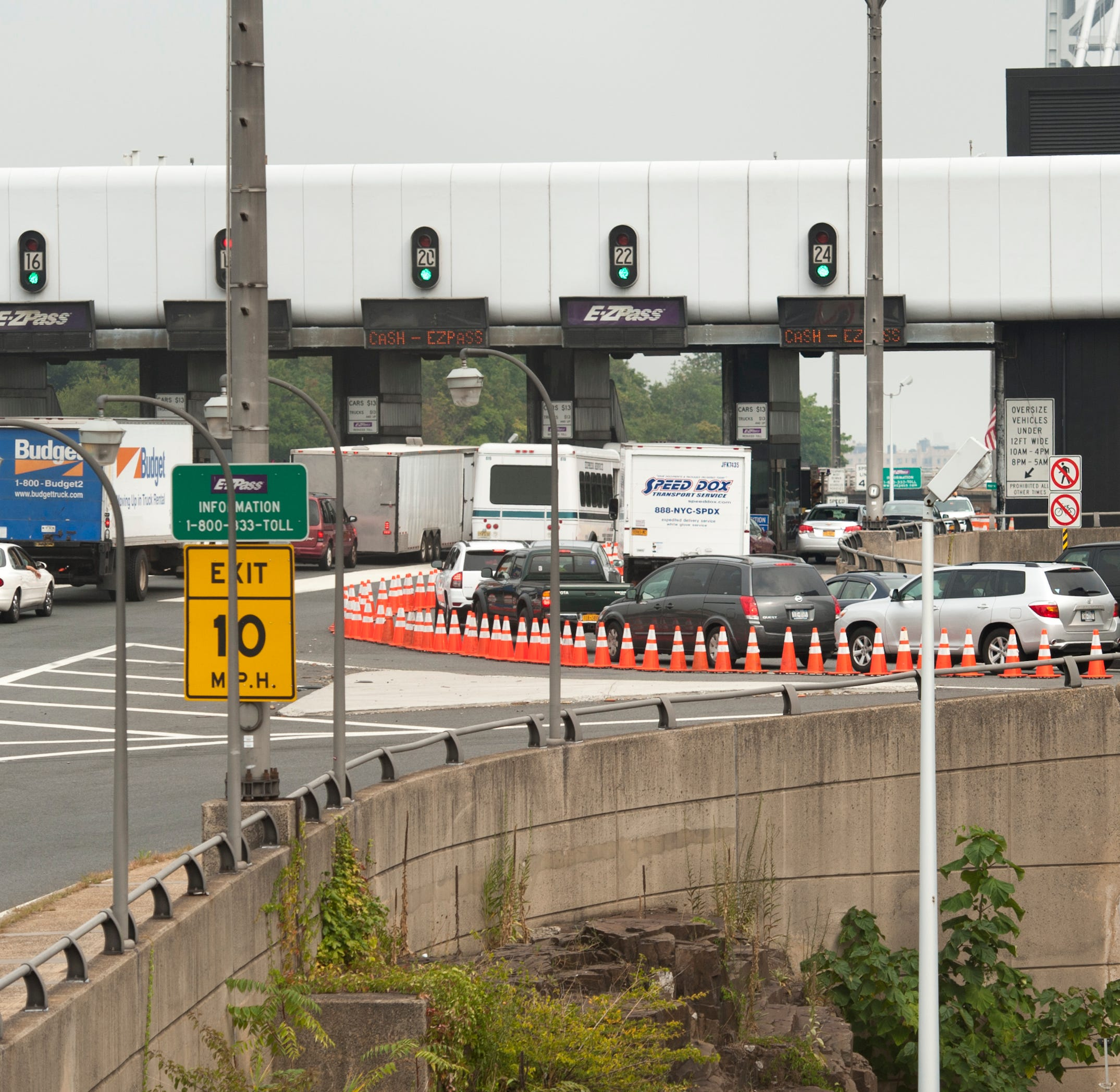Port Authority says 'abusive decision' to close lanes put public in danger: Archive