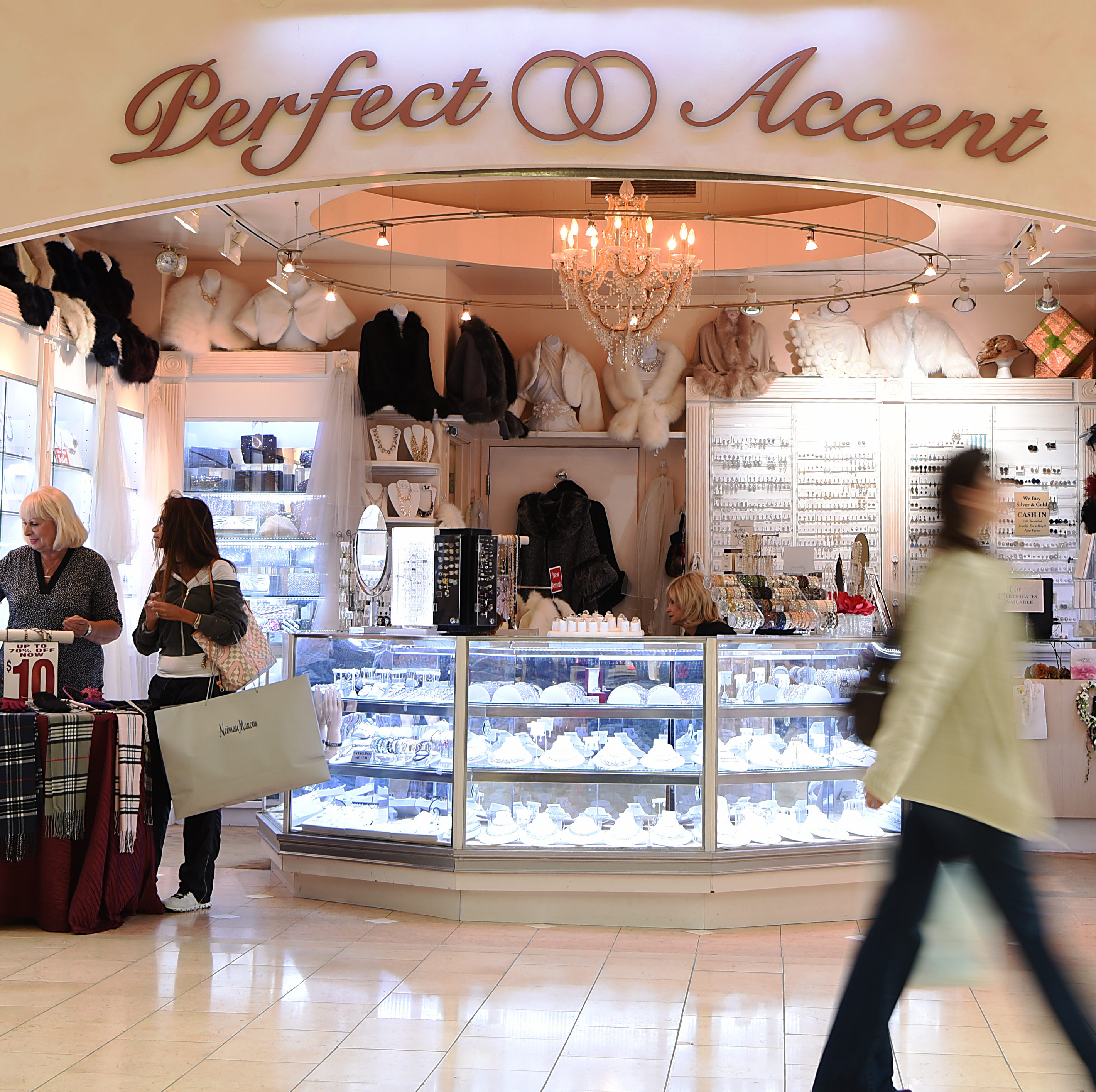 Perfect Accent prepares for final holiday season at Garden State Plaza