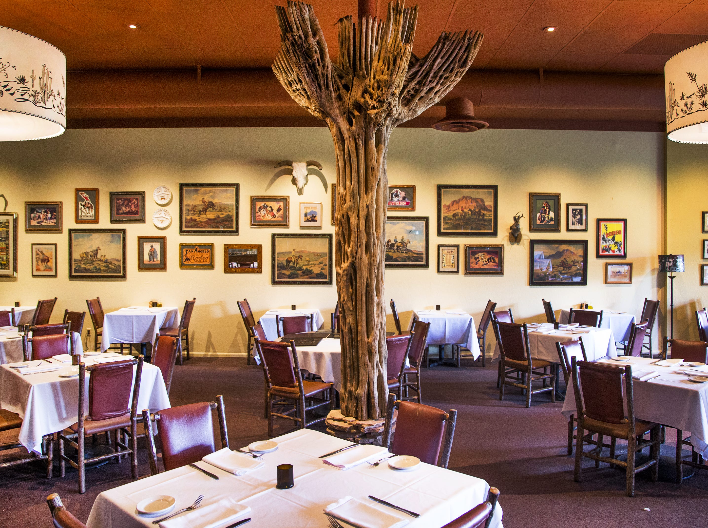 This is the main dining room of the restaurant Rancho Pinot, in Scottsdale, Tuesday, Oct. 16, 2018.